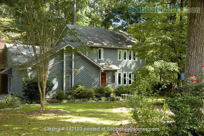 3 BR 2.5 Bath house in quiet 1/2 acre wooded neighborhood conv. to Duke and UNC Home Rental in Durham, North Carolina, United States 0