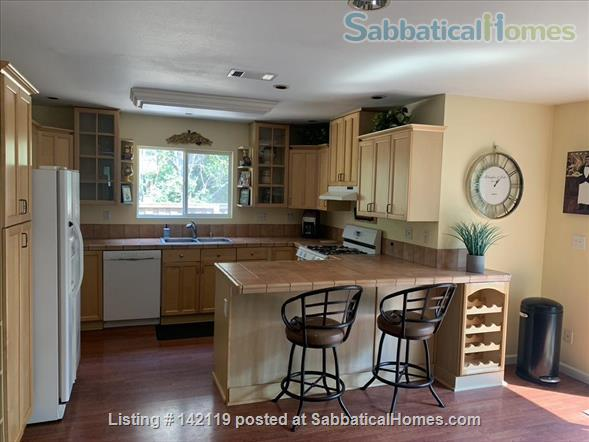 Beautiful Immaculate 4bd/2.5 Bath 2,000 sqft in NCAL Concord California Home Rental in Concord, California, United States 7