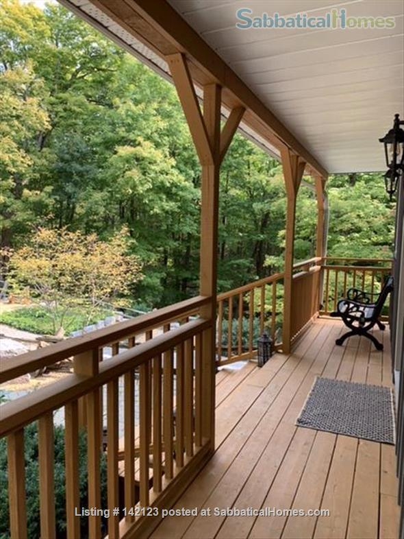 Luxury Cottage in the Woods Home Rental in Perth Road, Ontario, Canada 2