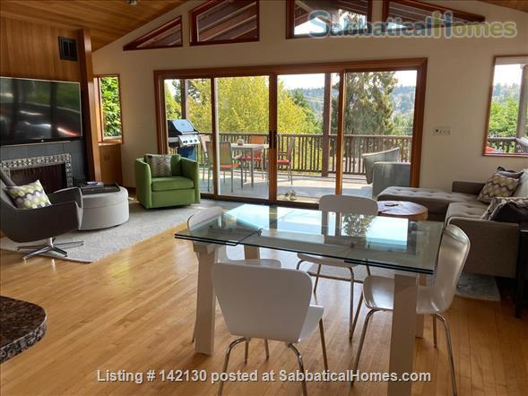 Beautiful Mid-century Modern Home with Views (available 2022!) Home Rental in Seattle, Washington, United States 1