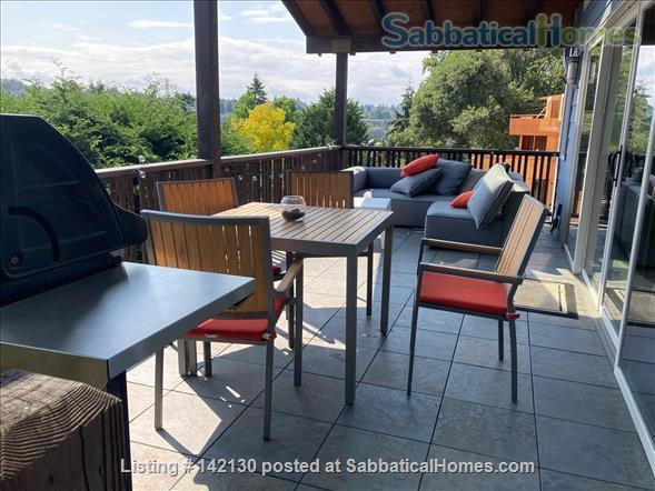 Beautiful Mid-century Modern Home with Views (available 2022!) Home Rental in Seattle, Washington, United States 4