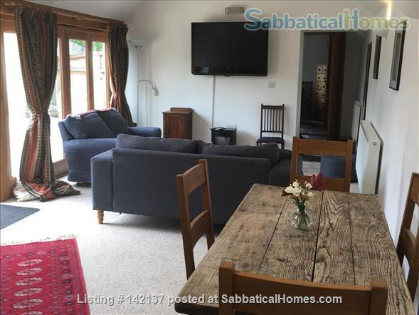 Cottage in historic village close to Oxford, UK Home Rental in Islip, England, United Kingdom 1