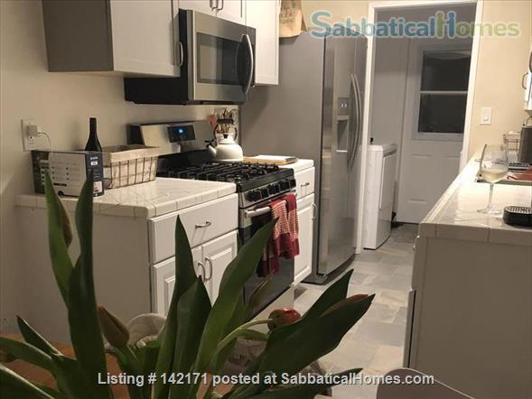 Spanish Style Bungalow Home Rental in Los Angeles, California, United States 3