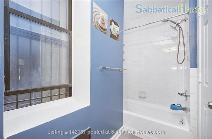 Beautifully furnished and newly renovated large 2 bed apt available  Home Rental in New York, New York, United States 8
