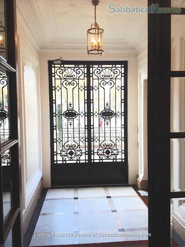 listing image for FACING ISLE ST. LOUIS - ELEGANT 3 BEDS 2 BATHS - 1100sq ft. APARTMENT