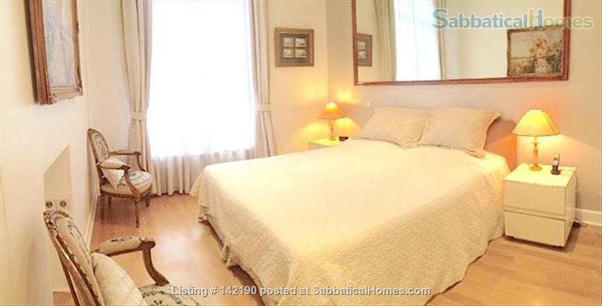 FACING ISLE ST. LOUIS - ELEGANT 3 BEDS 2 BATHS - 1100sq ft. APARTMENT Home Rental in Paris, Île-de-France, France 3