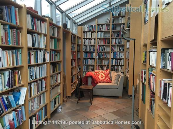 Beautiful little house with large conservatory/library and garden Home Rental in Hamburg, HH, Germany 3