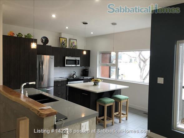 U of A - Modern 3 bedroom House - Utilities Included  Home Rental in Edmonton, Alberta, Canada 4