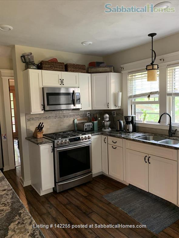 Charming 4-bdrm Craftsman Bungalow for Rent Home Rental in Syracuse, New York, United States 6