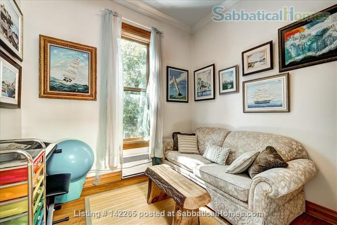 Charming 4BR in Great Plateau Location Home Rental in Montreal, Quebec, Canada 3