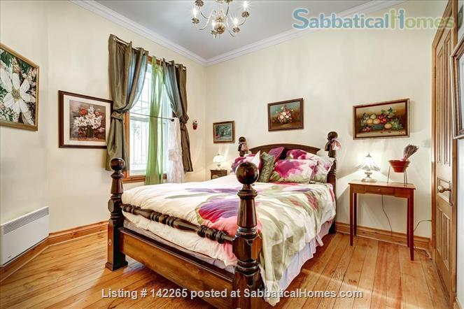Charming 4BR in Great Plateau Location Home Rental in Montreal, Quebec, Canada 5