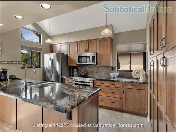 Palm Desert Private Villa: Two workspaces, strong wifi Home Rental in Palm Desert, California, United States 4
