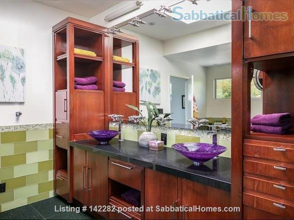 2522 sqft, 3 Bed/2.5 Bath Craftsman in Westwood / Rancho Park  Home Rental in Los Angeles, California, United States 5