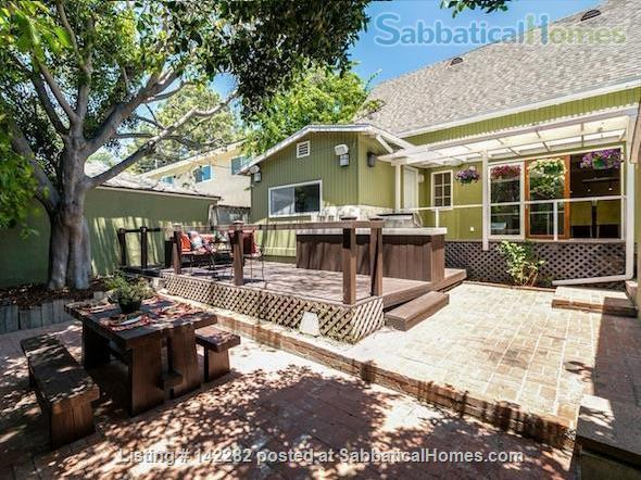 2522 sqft, 3 Bed/2.5 Bath Craftsman in Westwood / Rancho Park  Home Rental in Los Angeles, California, United States 8