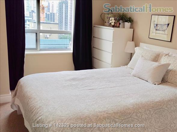 RARE 650 SQUARE FEET 1 Bed, 1 BATH condo in Toronto Home Rental in Toronto, Ontario, Canada 3