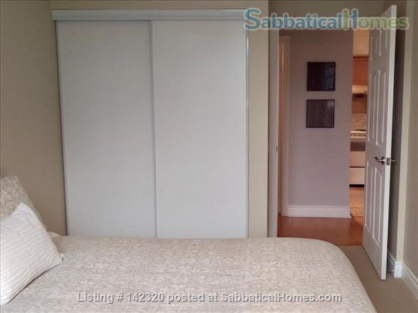 RARE 650 SQUARE FEET 1 Bed, 1 BATH condo in Toronto Home Rental in Toronto, Ontario, Canada 4