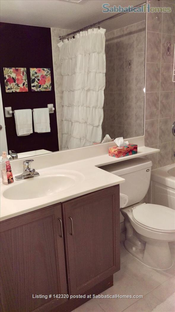 RARE 650 SQUARE FEET 1 Bed, 1 BATH condo in Toronto Home Rental in Toronto, Ontario, Canada 5