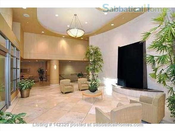RARE 650 SQUARE FEET 1 Bed, 1 BATH condo in Toronto Home Rental in Toronto, Ontario, Canada 7
