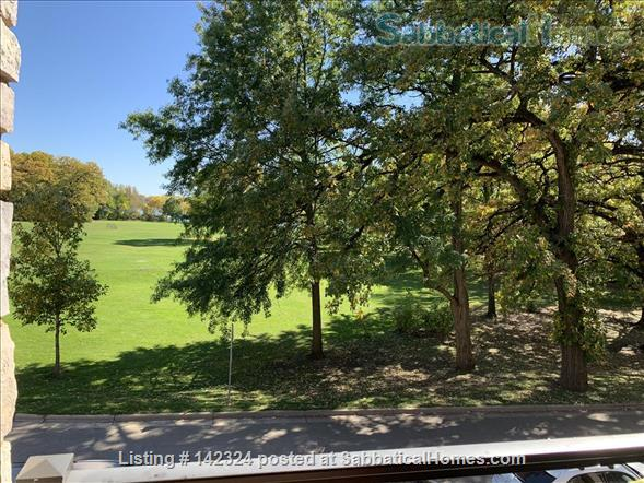 Sunny flat overlooking a park with a lovely lake Home Rental in Madison, Wisconsin, United States 3