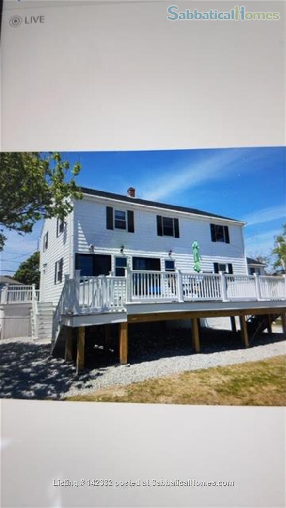 Large home to share in beachside community 20 minutes from Boston  Home Rental in Hull, Massachusetts, United States 0