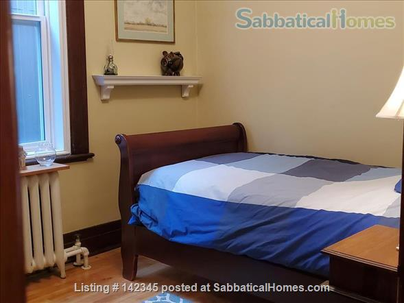 Charming and sunny 2 bedroom upper duplex apartment in Notre-Dame-de-Grâce (NDG) Home Rental in Montreal, Quebec, Canada 3
