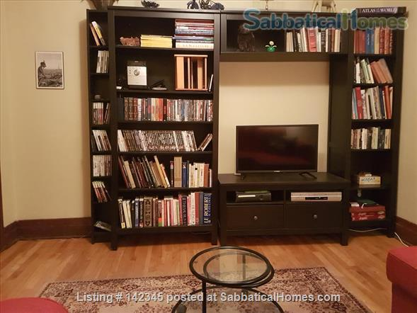 Charming and sunny 2 bedroom upper duplex apartment in Notre-Dame-de-Grâce (NDG) Home Rental in Montreal, Quebec, Canada 7