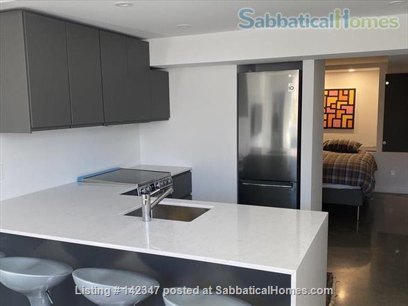 Outremont studio Home Rental in Montréal, Québec, Canada 2