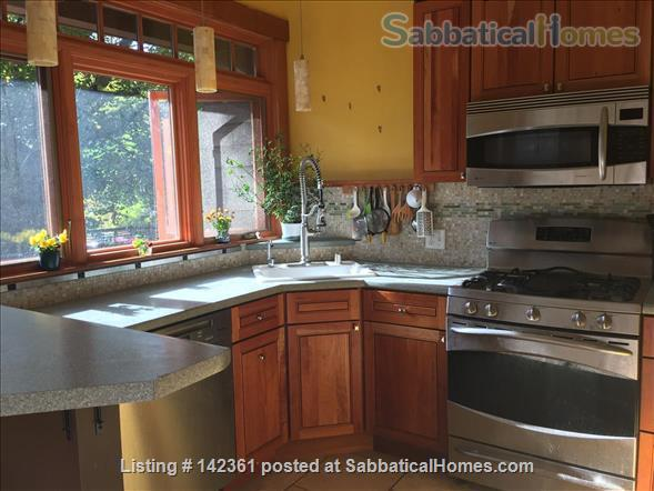 Beautiful 100 year old bungalow on Madison's near east side Home Rental in Madison, Wisconsin, United States 6