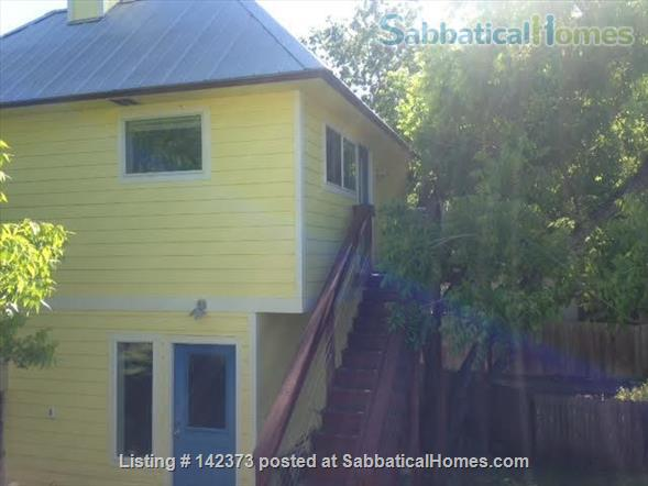 Apartment in the trees Home Rental in Austin, Texas, United States 1