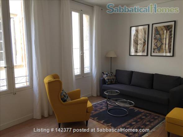 Gorgeous 1 Bedroom flat in best Ecusson location Home Rental in Montpellier, Occitanie, France 1