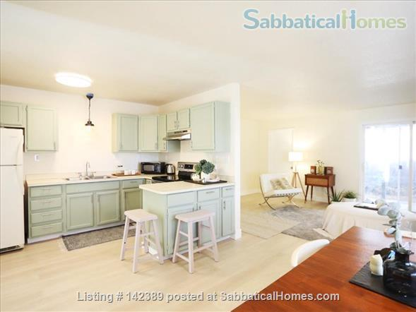 Newly renovated / Modern Gem Townhouse in great location.  Home Rental in Portland, Oregon, United States 0