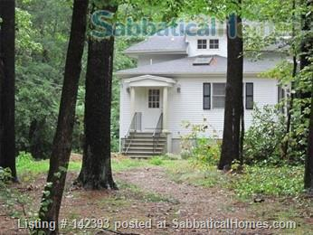 2BR/2BA with studio space near Concord town center Home Rental in Concord, Massachusetts, United States 2