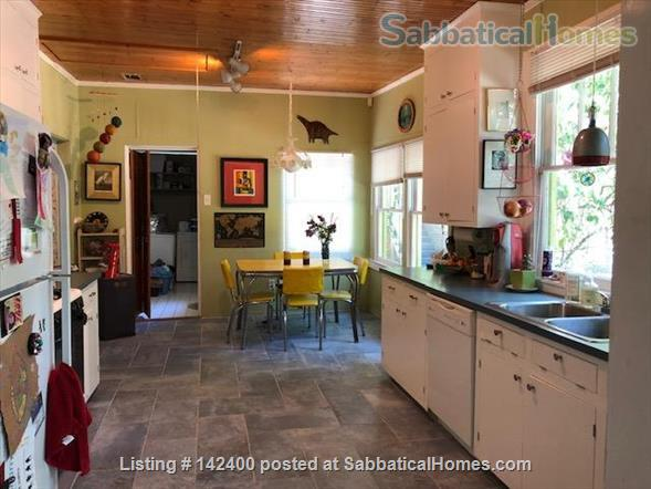 Sweet Furnished Bungalow in Garden District of Baton Rouge Home Rental in Baton Rouge, Louisiana, United States 7