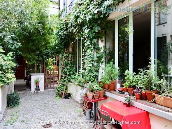 ARTIST'S TRIPLEX HOUSE ON PEACEFUL GREEN COURTYARD Home Rental in Paris, IDF, France 1