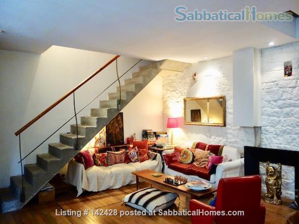 ARTIST'S TRIPLEX HOUSE ON PEACEFUL GREEN COURTYARD Home Rental in Paris, IDF, France 2