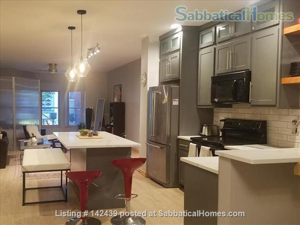 Lg. 1 bed/1 bath 2nd Floor Condo near Capitol Square.  Recently renovated Home Rental in Madison, Wisconsin, United States 5
