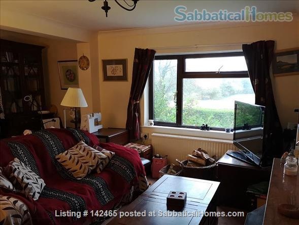 Whole House - old farmhouse in countryside 10 minutes commute time to Cambridge Home Rental in Hildersham, England, United Kingdom 3