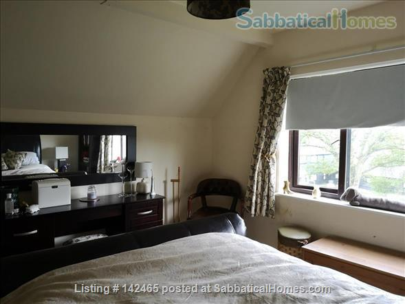 Whole House - old farmhouse in countryside 10 minutes commute time to Cambridge Home Rental in Hildersham, England, United Kingdom 7