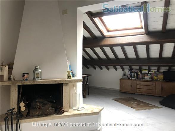 Apartment with great charm near the Coliseum  Home Rental in Rome, Lazio, Italy 2