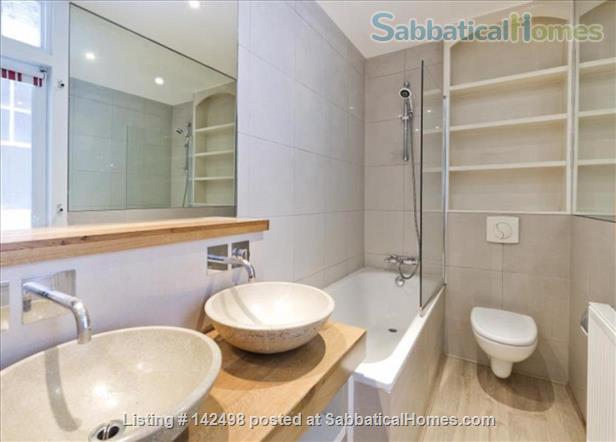 A beautiful split level 3 bedroom apartment available in the heart of Kensington with outside space. Home Rental in London, England, United Kingdom 8