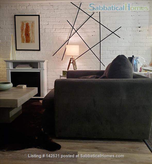 Two bedroom flat in Toronto's hippest neighbourhood. Art infused, design-conscious, happening. Home Rental in Toronto, Ontario, Canada 3