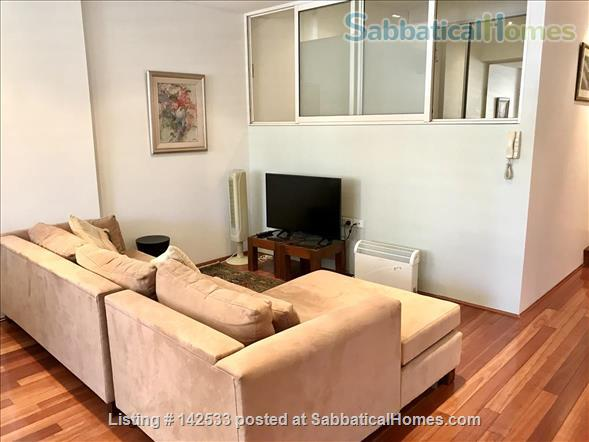 Comfortable, compact 2-bedroom apartment 400m from the University of Sydney  Home Rental in Forest Lodge, New South Wales, Australia 4