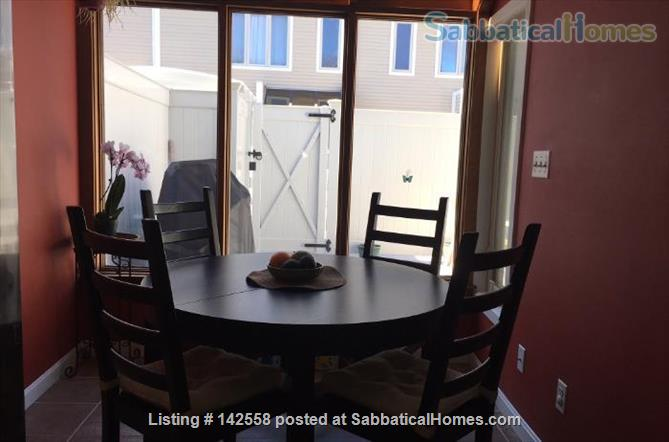 Contemporary two stories Condo (2BR + 2 BATH), fully furnished in the Fresh Pond Area. 1 mile from Harvard Sq. Utilities included with backyard, BBQ and indoors heated pool. Home Rental in Cambridge, Massachusetts, United States 3