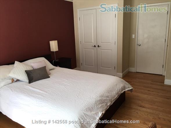 Contemporary two stories Condo (2BR + 2 BATH), fully furnished in the Fresh Pond Area. 1 mile from Harvard Sq. Utilities included with backyard, BBQ and indoors heated pool. Home Rental in Cambridge, Massachusetts, United States 4