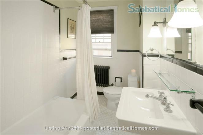 Luxury 3 beds/2baths apartment steps from Porter & Harvard sq! Home Rental in Cambridge, Massachusetts, United States 4