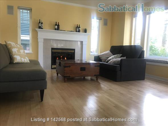 Great Townhouse Available in Kits Starting May or June of 2021 Home Rental in Vancouver, British Columbia, Canada 2