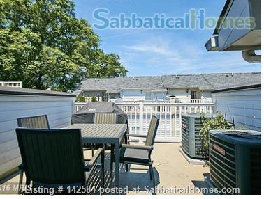 Walkable Arlington, VA townhome with ample parking Home Rental in Arlington, Virginia, United States 2