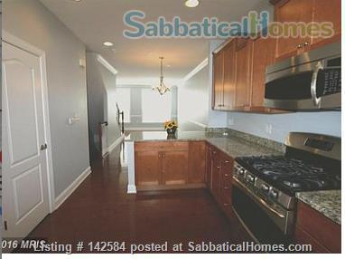 Walkable Arlington, VA townhome with ample parking Home Rental in Arlington, Virginia, United States 4