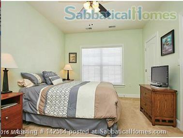 Walkable Arlington, VA townhome with ample parking Home Rental in Arlington, Virginia, United States 5