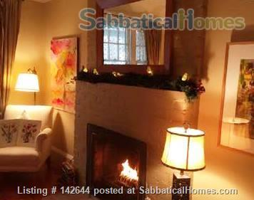 Artist's Quaint and Lovely Downtown Arts & Crafts Home in Heritage Cabbagetown Home Rental in Toronto, Ontario, Canada 3